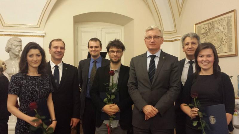 Laureaci styendiów z Prezydentem Poznania jackiem Jaśkowiakiem